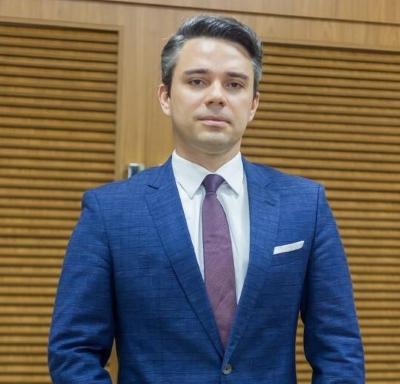 Saul Tourinho Leal reforça o quadro societário do Ayres Britto Consultoria Jurídica e Advocacia | Análise Editorial